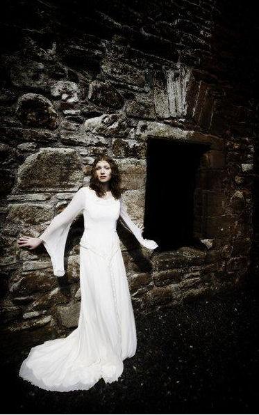 Extrêmement Vestiti da sposa celtici e fantasy…   Abiti Sposa UZ35
